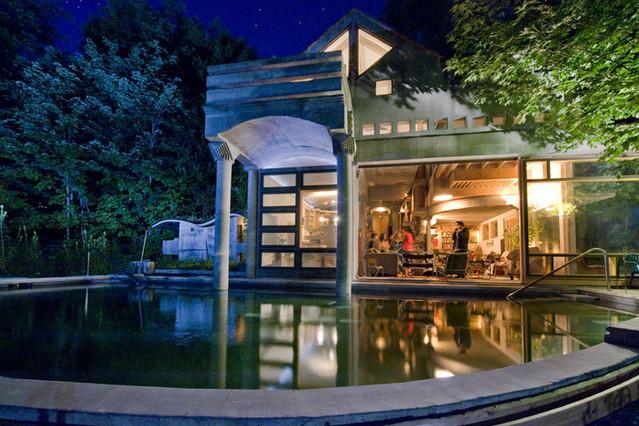 Concrete House 'Archie Bunker' – Warren, VT